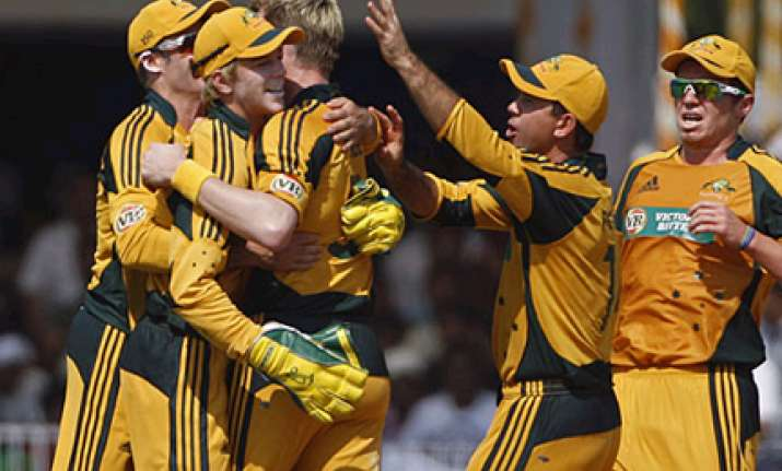 australia pip india to go 1 0 up in series