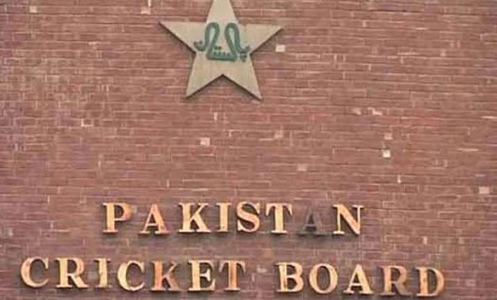 pakistan sending three member team to assess world t20