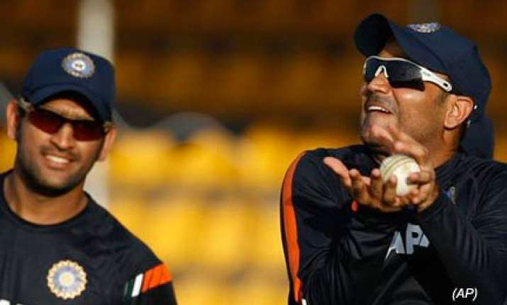 india lanka to test each other s reserves in tuesday tie
