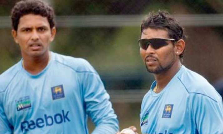 randiv banned for one match dilshan fined for no ball fiasco
