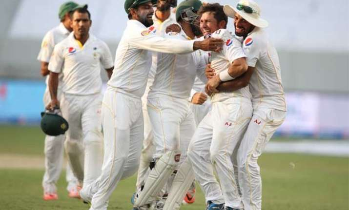 pakistan beats england by 178 runs in 2nd test