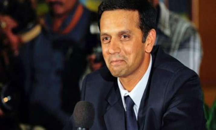 dravid questions clarke s inclusion in australia s world
