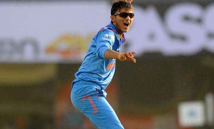aus vs ind young axar patel to replace jadeja in test squad