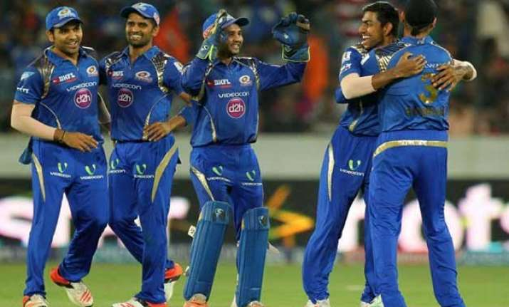 ipl 8 mumbai seal final play off berth with easy win over
