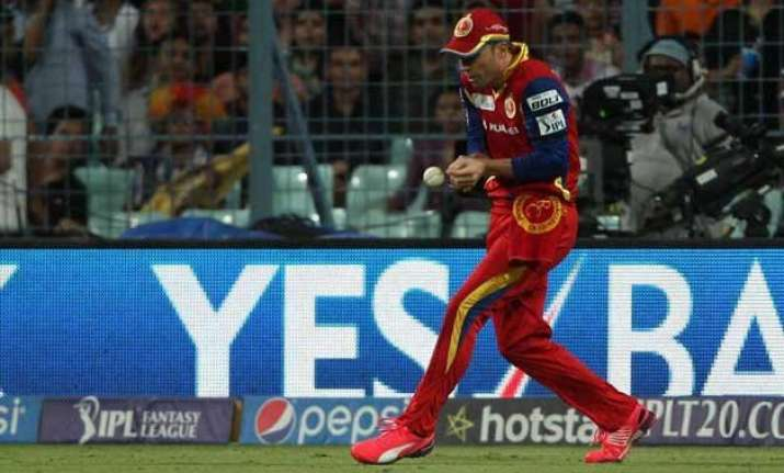 ipl 8 fielding howlers in limelight again at eden