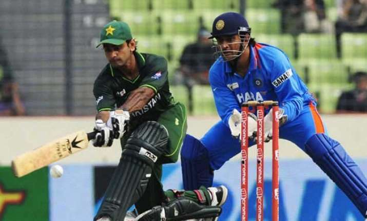 a pre cursor to world t20 india pak clash on saturday