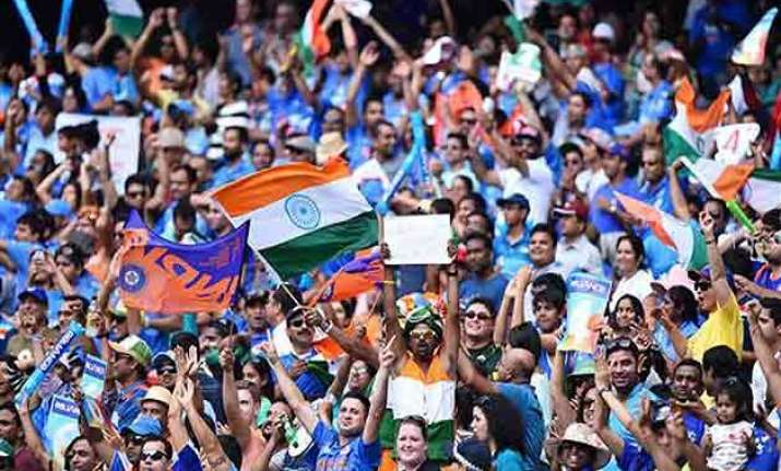 world cup 2015 ms dhoni hails indian supporters at packed