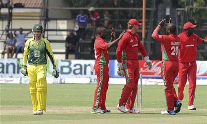 australia battles to 209 9 vs zimbabwe