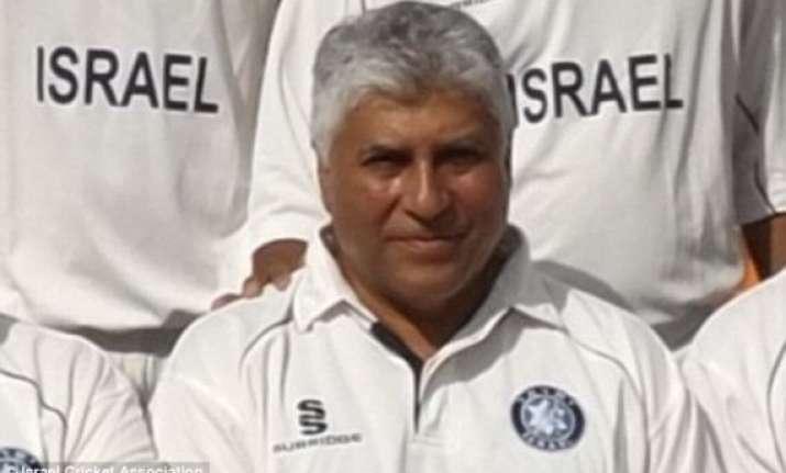 umpire dies in israeli cricket match after being struck on