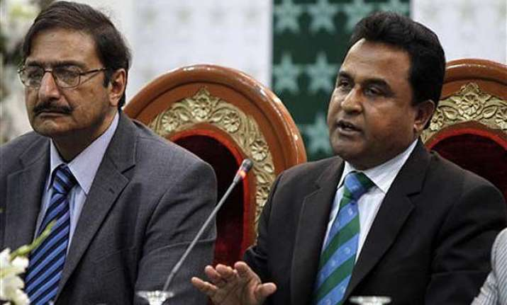 mustafa kamal was removed from presentation ceremony after