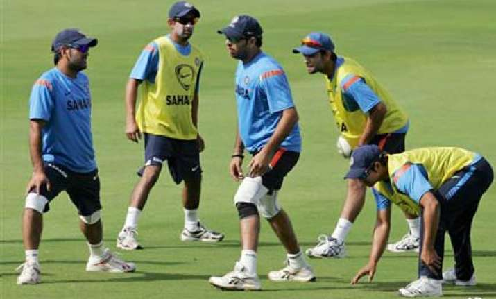 dhoni defends jadeja clears doubt about sehwag