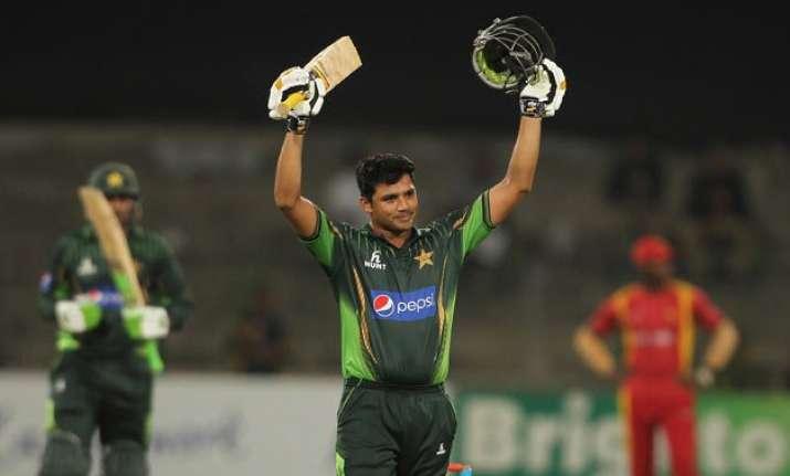 pak vs zim ali century anchors pakistan to 6 wicket win