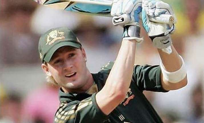 michael clarke quits nz tour due to personal reasons
