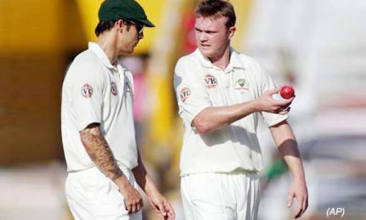 doug bollinger may play in bangalore test