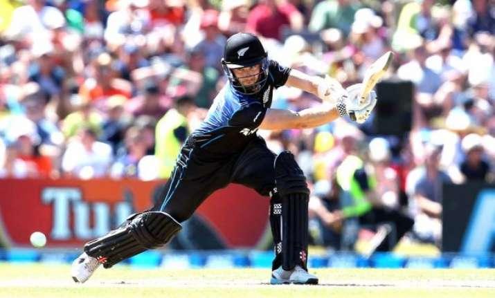 nz vs sl new zealand wins toss bats in 6th odi