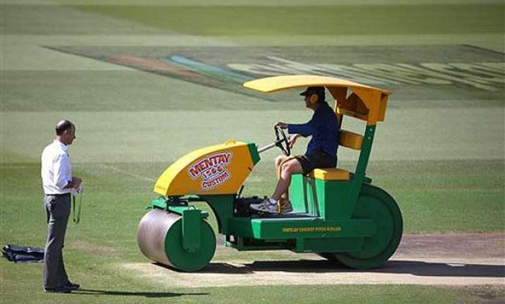 world cup 2015 all eyes on scg curator ahead of india