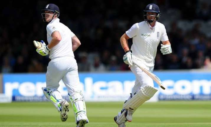 eng vs nz stokes root revive england on 1st day of 1st test