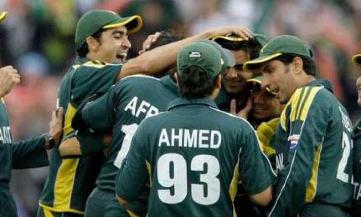 beating nz pak wins first odi series since 2008
