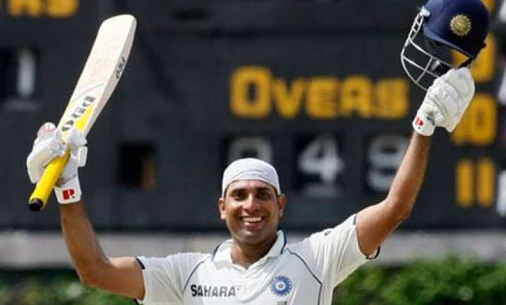 laxman relishes sheet anchor role in difficult situation