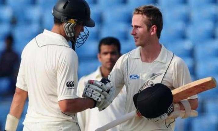 nz vs sl new zealand beats sri lanka by 8 wickets in 1st
