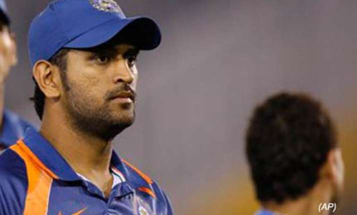 dhoni expects senior players to shine in asia cup