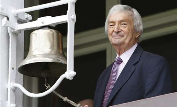 state funeral for benaud offered