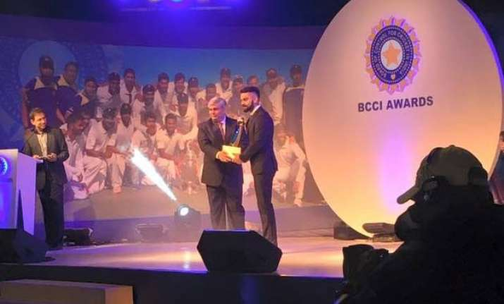 lifetime achievement award for syed kirmani virat kohli too