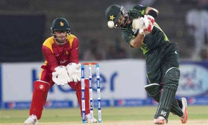 pak vs zim pakistan beats zimbabwe by 5 wickets in 1st t20