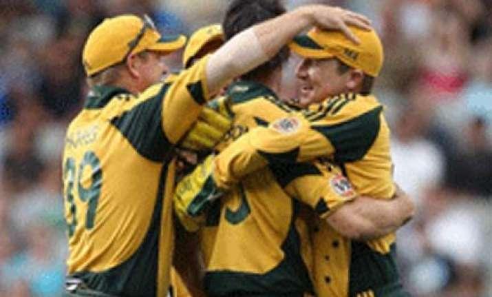 johnson harris guide australia to win in auckland odi