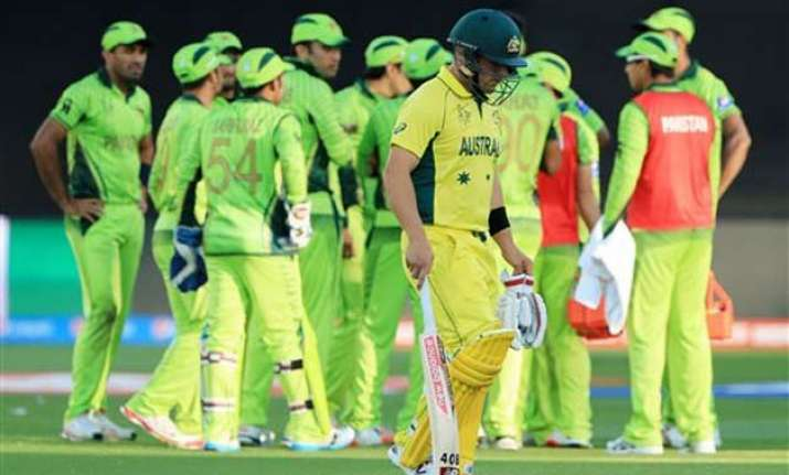 live updates australia win by six wickets set up semi date