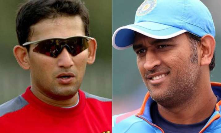 ajit agarkar trolled on twitter after dhoni s match winning