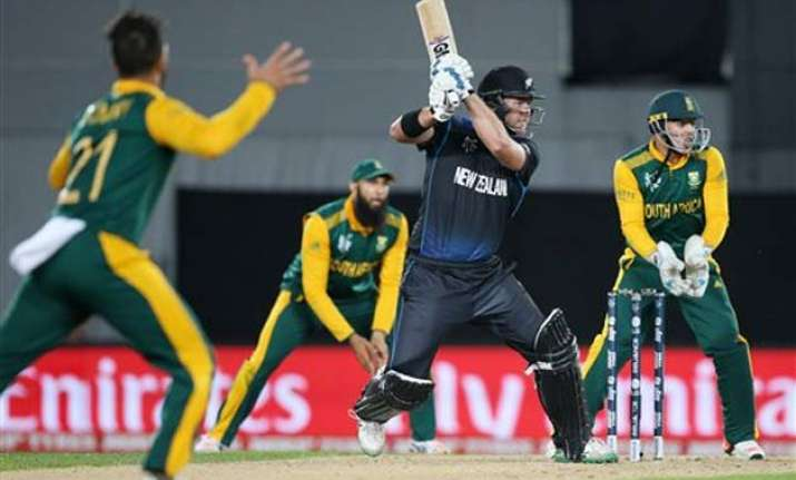 live updates new zealand chokes south africa reaches final