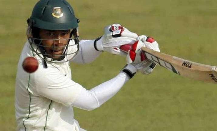 bangladesh wins toss opts to bat against pakistan in 1st