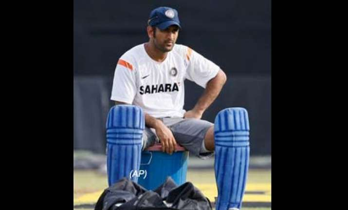 we want to do basic things right dhoni