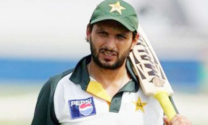 pcb younus stalemate afridi may take over as captain