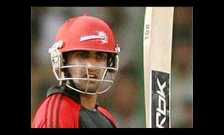 delhi beat kings xi punjab by five wickets in ipl thriller