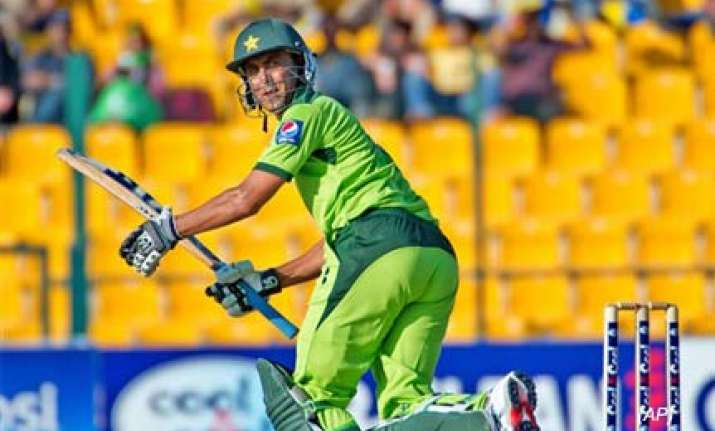 younis inspired pakistan shock south africa