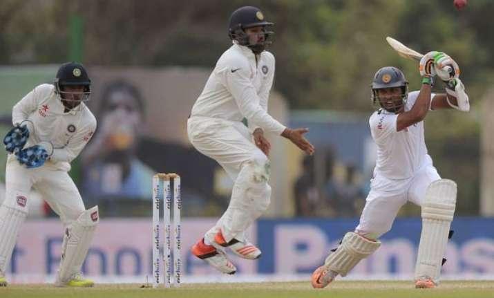 galle test day 3 sri lanka take 71 run lead against india