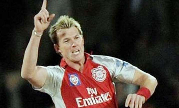 lee flies back to australia to miss initial ipl matches