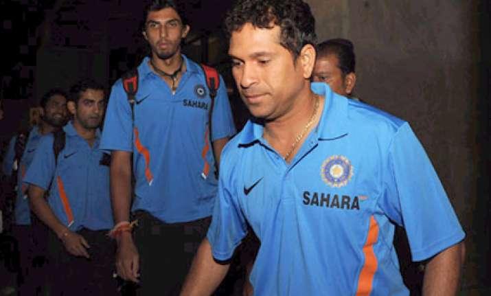 tendulkar wants top spot for india to mark 20 years