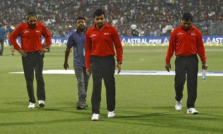 vineet kulkarni still no.1 umpire due to bcci loophole