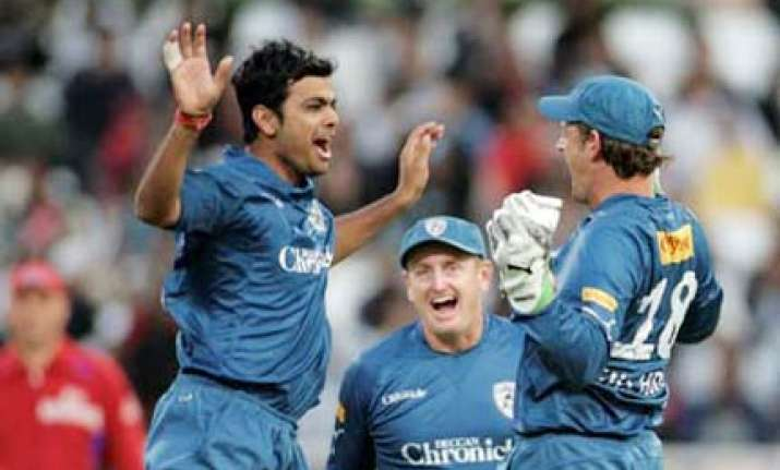 govt to rake in rs 300 crore from ipl3