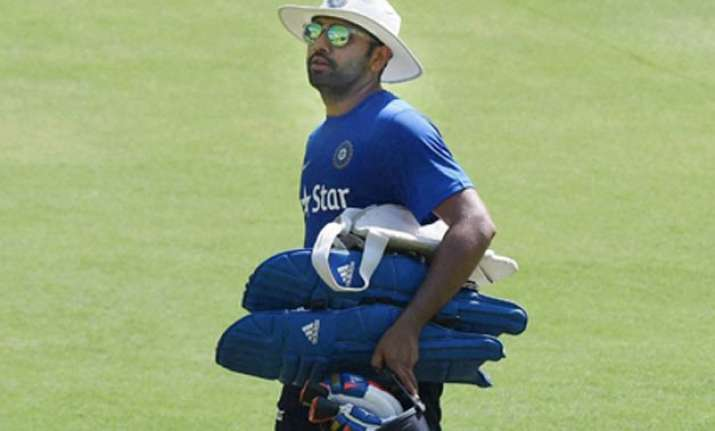 kohli s batting position to be decided by dhoni says rohit