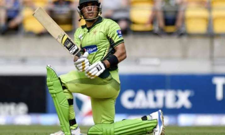 world cup 2015 misbah to defend to the end ready for
