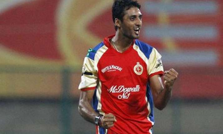 ipl 8 sreenath arvind replaces adam milne in rcb squad
