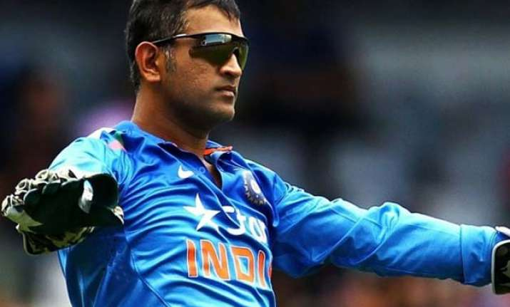 five on field comments by m s dhoni that show captain cool