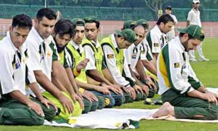pak cricket needs urgent catharsis to rid it of its cancer