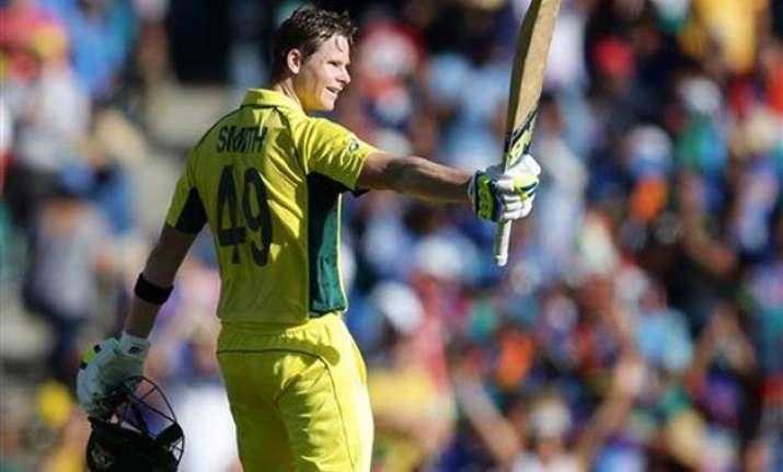smith continues his summer of runs vs india at world cup
