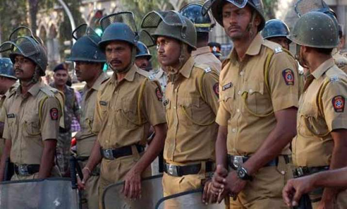 cricket betting racket busted four bookies held