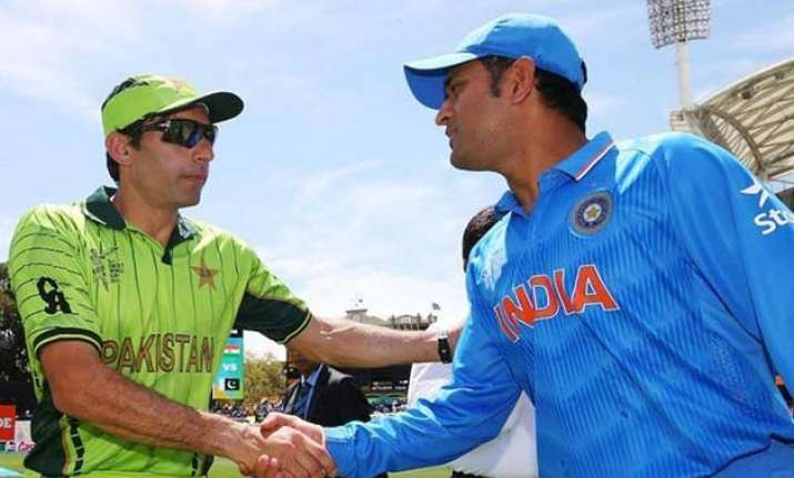 govt gives green signal to india pakistan cricket series in